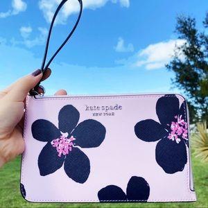 Kate Spade Grand Floral L-zip Wristlet